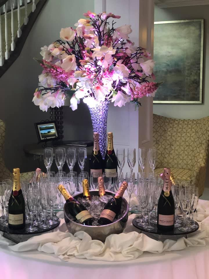 champagne_table